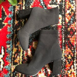 MIA Erika Stretch Black Sweater Booties 7.5